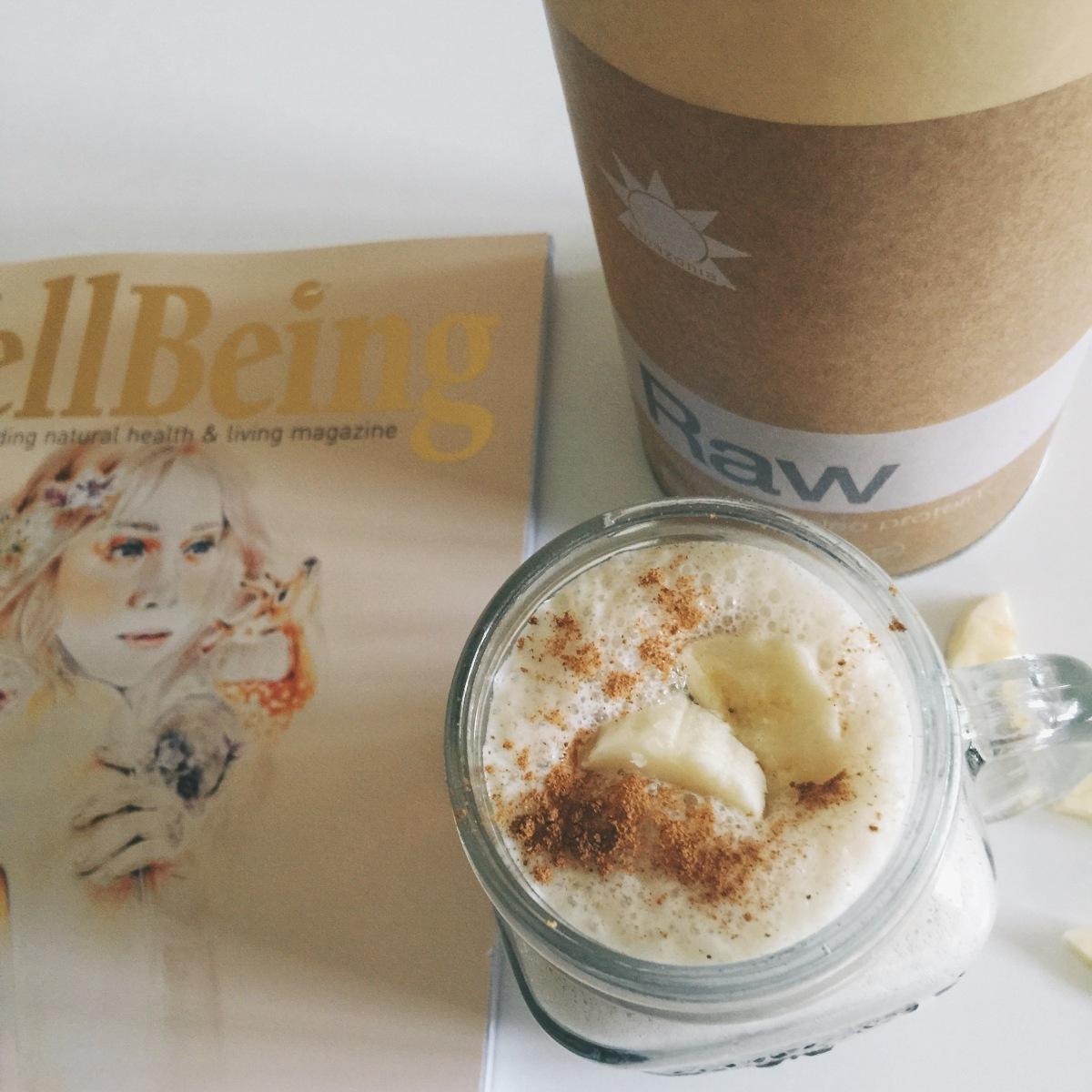 Fresh & Raw Wellbeing Smoothie Delight